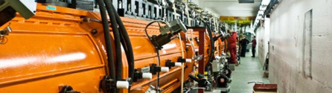 """Teorię Einsteina """"podważył"""" luźny kabel? Nowe wytłumaczenie wyników z CERN"""